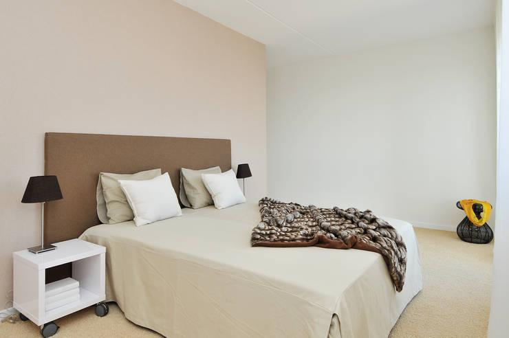 Bedroom by 1-2-3 Verkauft