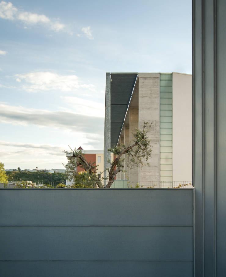 Case per vacanza – Campomarino Lido(CB): Casa in stile  di Fernando A.Baldassarre architetto