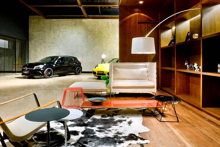 Showroom Eurobike – Porsche Concessionárias por SAINZ arquitetura