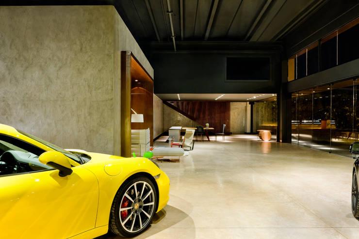 Showroom Eurobike - Porsche Concessionárias por SAINZ arquitetura