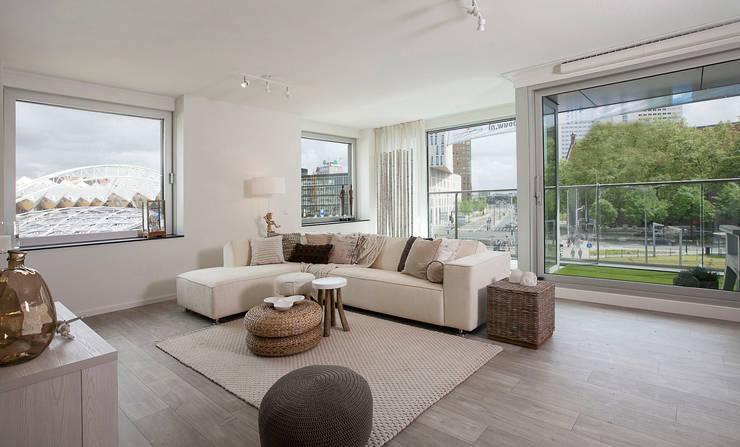 غرفة المعيشة تنفيذ 1-2-3 Verkauft