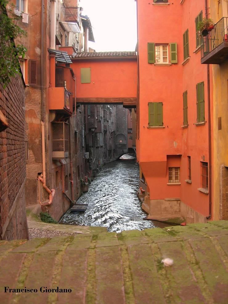 La riscoperta dell'acqua :  in stile  di Architetto Francisco Giordano