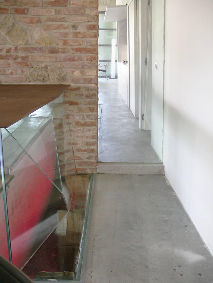 HANG#P : Case in stile  di Margarete (Architetti Anselmi S. e Crucianelli E.)
