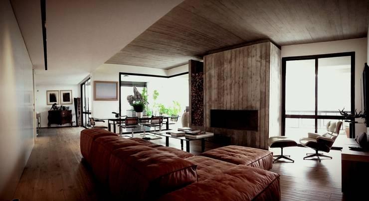 Casa S: Soggiorno in stile  di MM A   Massimiliano Masellis Architetti