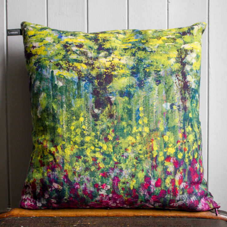 Painting Linen Cushion backed with Vintage Velvet:  Living room by Lomas & Lomas