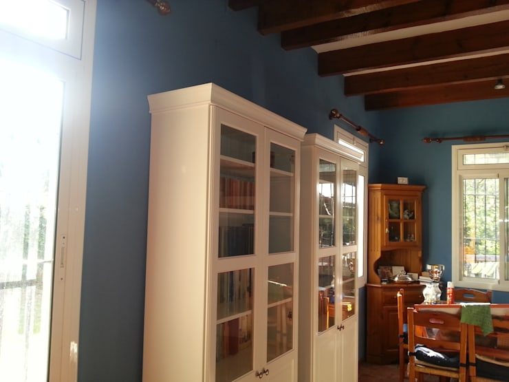 Ruang Keluarga oleh Masquepintura, Rustic