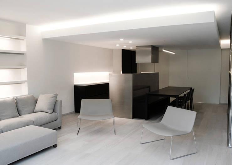 casa en Gavá Mar: Casas de estilo moderno de fusina 6