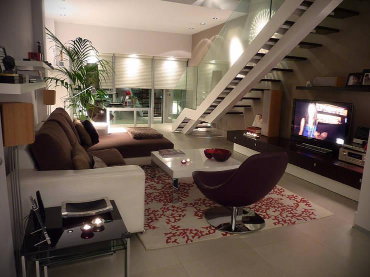 loft:  de estilo  de El Retiro Urbano