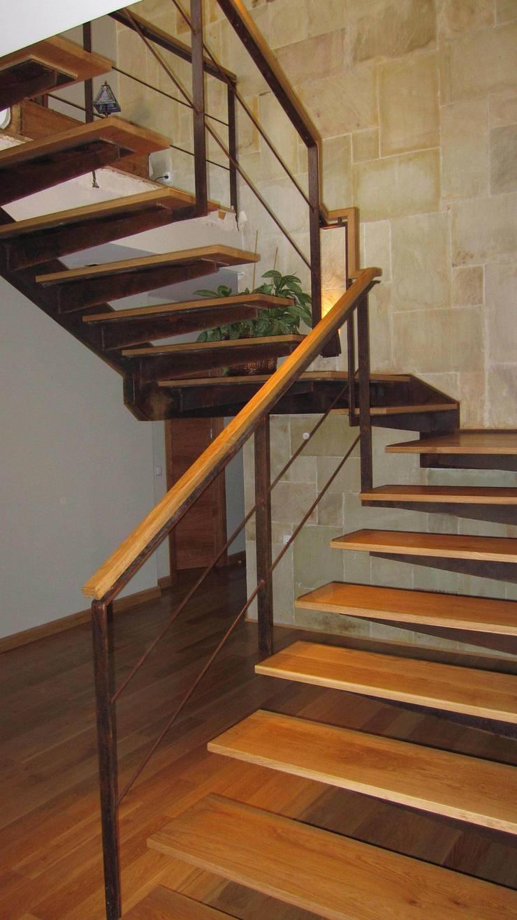 Escalera:  de estilo  de Sac - Arquitectura