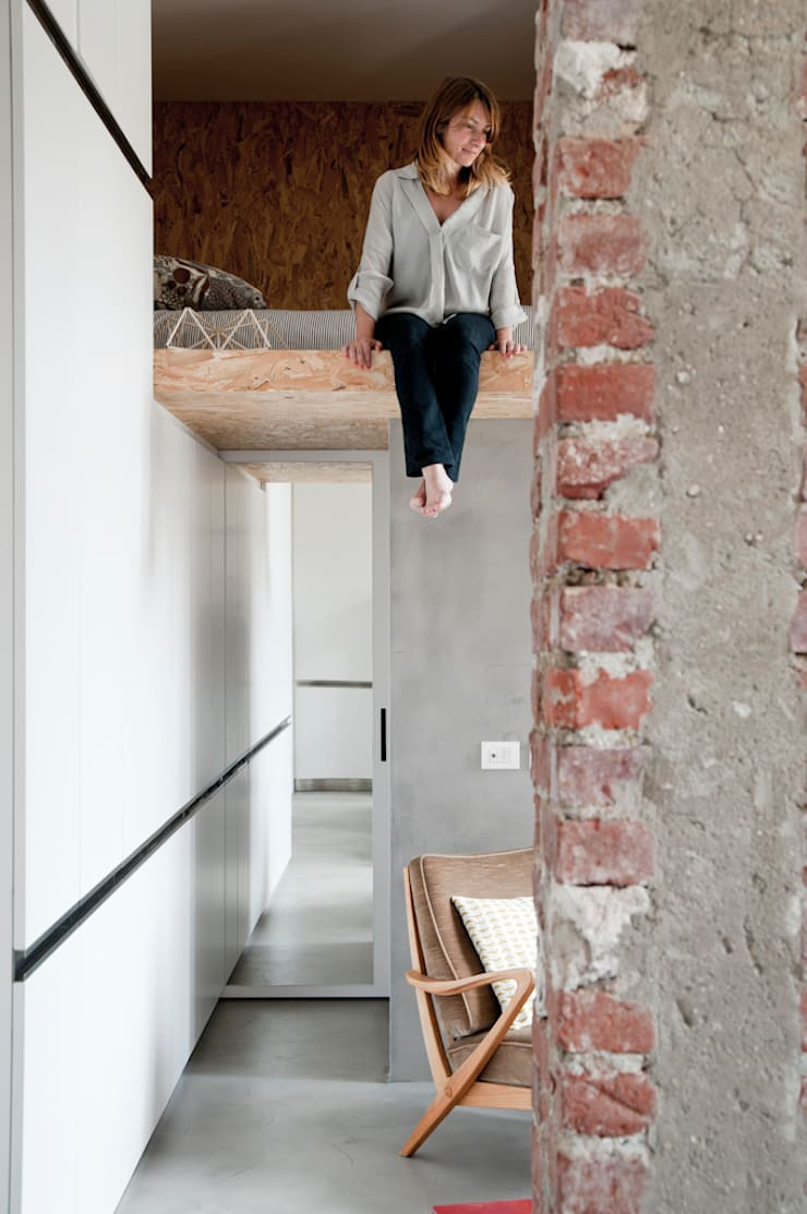 30MQ CON SOPPALCO: Case in stile  di Cristina Meschi Architetto