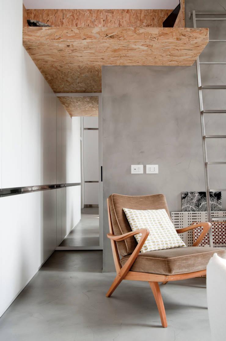 SOPPALCO E ANTIBAGNO: Case in stile  di Cristina Meschi Architetto