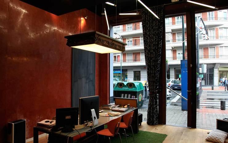 Interiorismo & Construcción.:  tarz Çalışma Odası