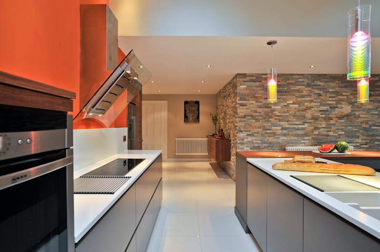 MR & MRS BENNETT'S KITCHEN:  Kitchen by Diane Berry Kitchens