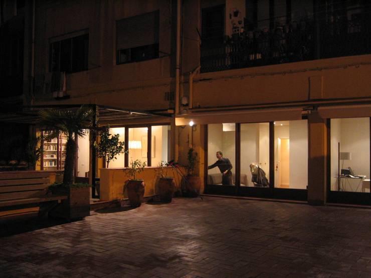 Vivienda en Pº San Juan: Casas de estilo  de Mariona Soler