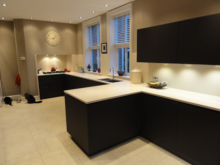 MR & MRS SLATTERY'S KITCHEN:  Kitchen by Diane Berry Kitchens