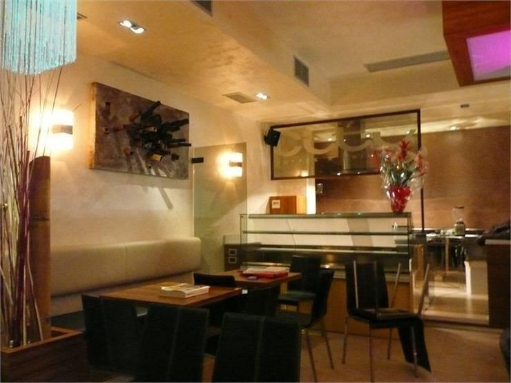 City coffee and Crink: Gastronomia in stile  di Masi Interior Design di Masiero Matteo