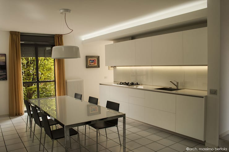 minimalistic Kitchen by Arch. Massimo Bertola