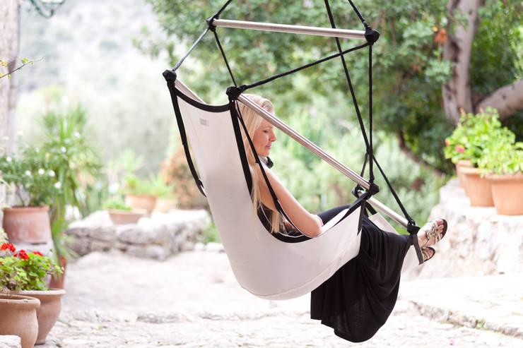 Balcon, Veranda & Terrasse de style  par Pimiento OHG - Crazy Chair