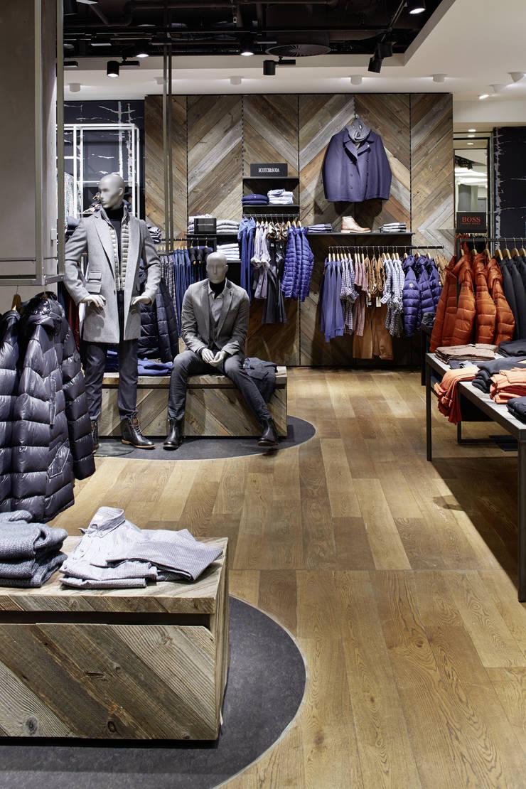 Modehaus Garhammer:  Ladenflächen von Dieterle & Partner,Modern