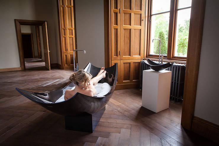 Projekty,  Łazienka zaprojektowane przez Design by Torsten Müller