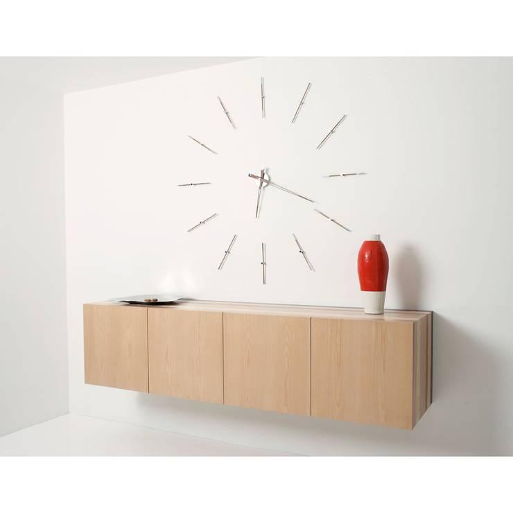 Reloj Merlin 12n de Nomon: Salones de estilo  de Ociohogar