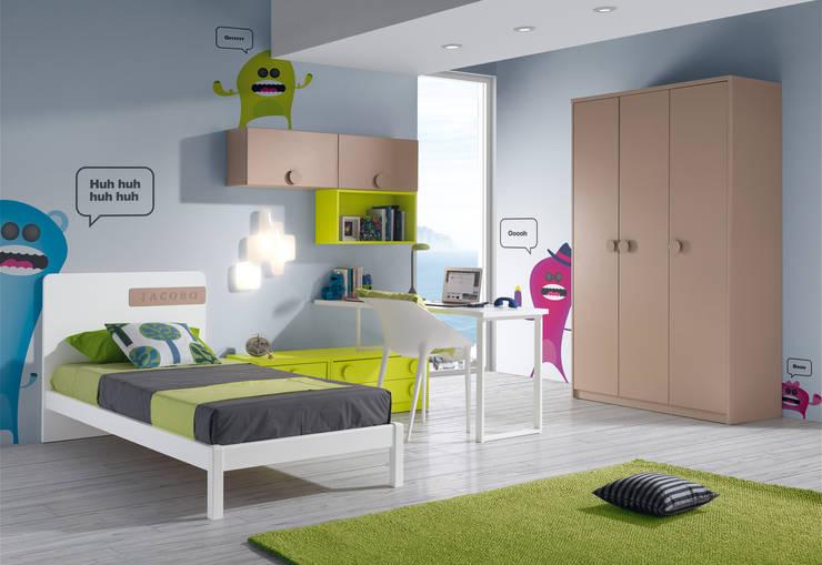 DORMITORIO INFANTIL : Habitaciones infantiles de estilo  de Muebles Carlos Pastor