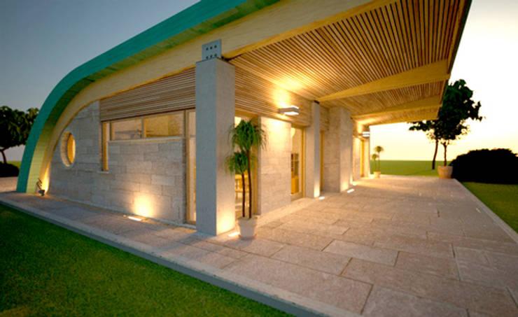 casa verde: Casa in stile  di alfredo anfossi architetto