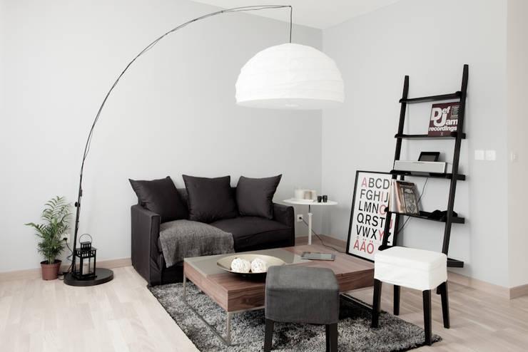 Salones de estilo moderno de Grazia Architecture