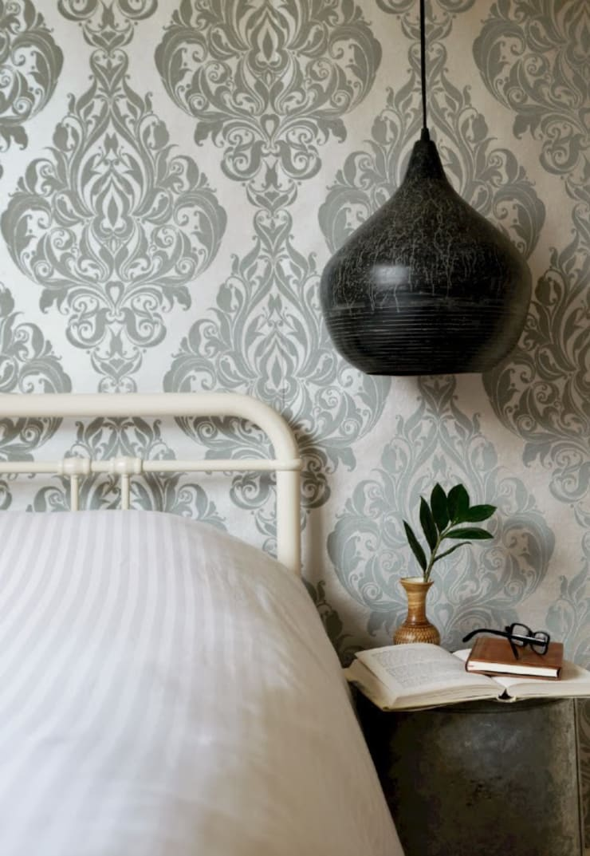 Vintage Bedroom:  Bedroom by Hege in France