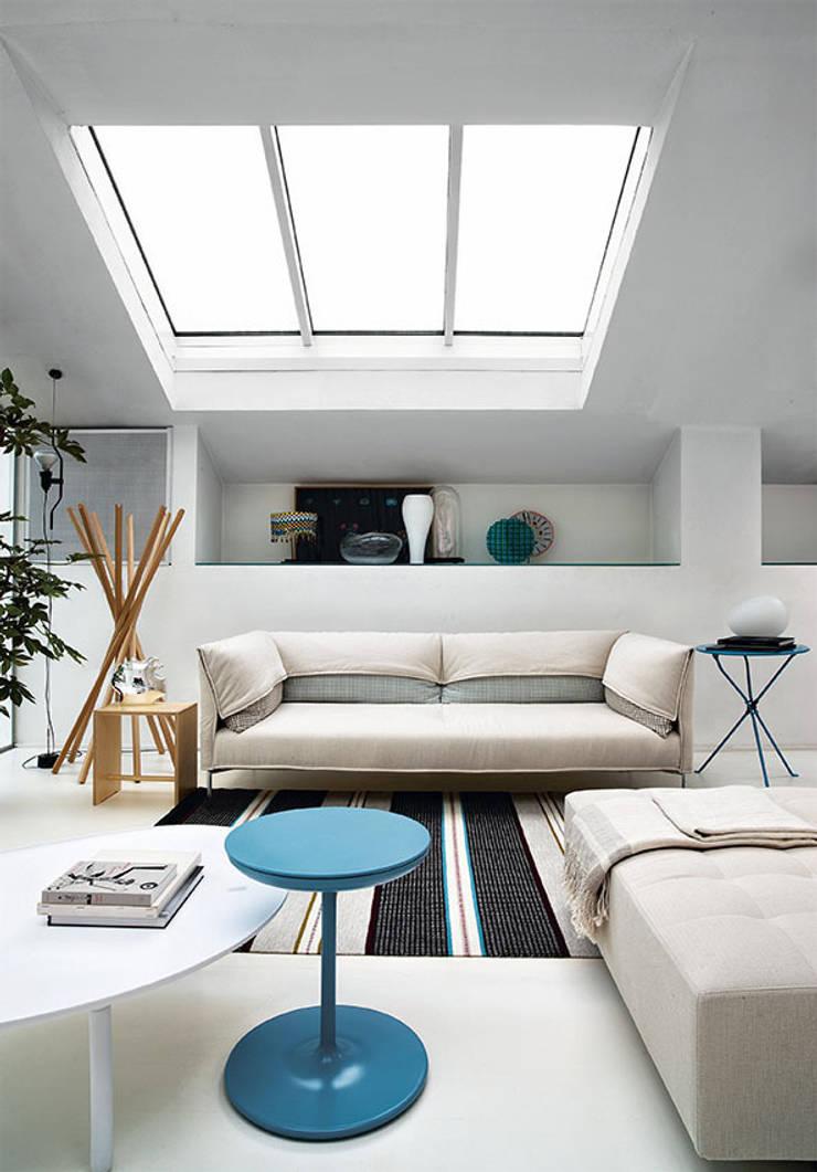 Undercover: Sala de estar  por QuartoSala - Home Culture