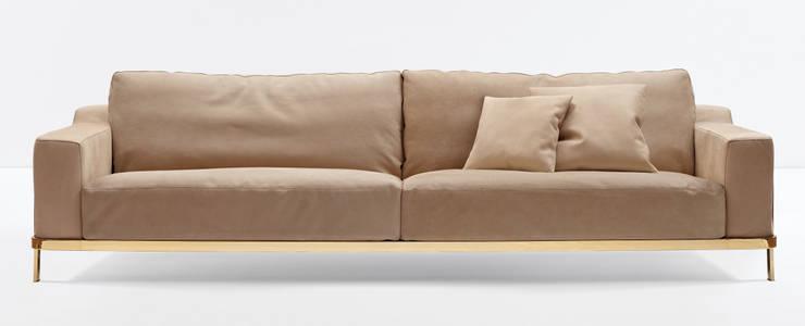 Odilon: Sala de estar  por QuartoSala - Home Culture