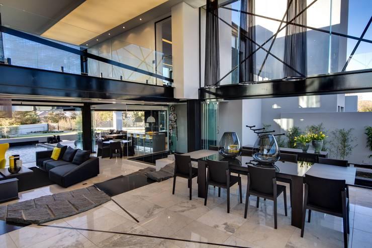Maisons de style de style Moderne par Nico Van Der Meulen Architects