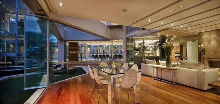 Houses by Nico Van Der Meulen Architects
