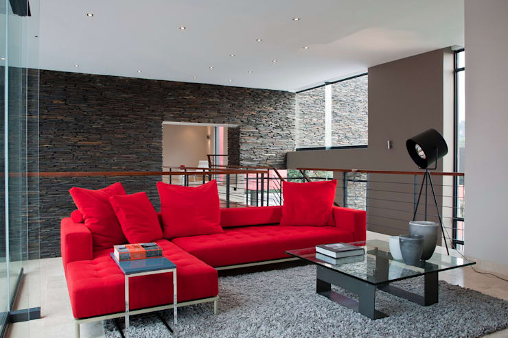 House Lam :  Living room by Nico Van Der Meulen Architects