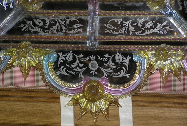 Miroir vénitien de Murano: Chambre de style  par Moinat SA