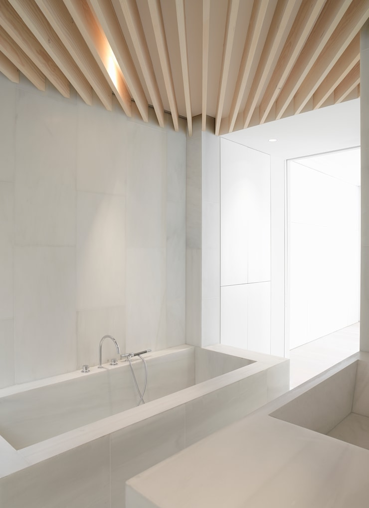 Orfila_Baño: Baños de estilo  de Schneider Colao design