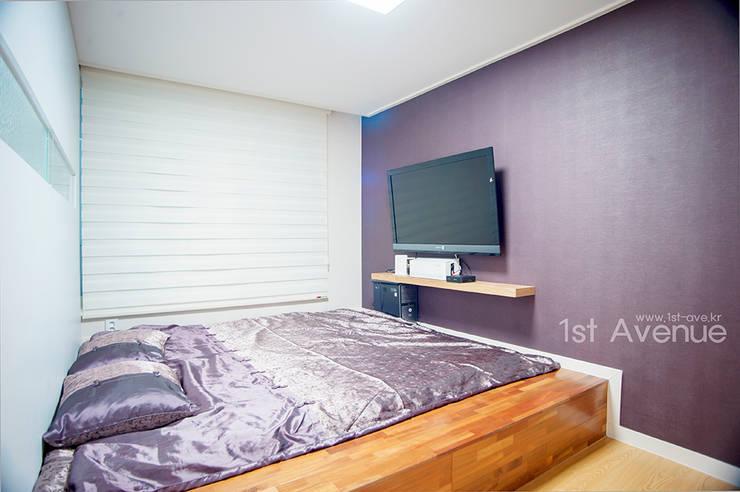 Dormitorios de estilo  de 퍼스트애비뉴
