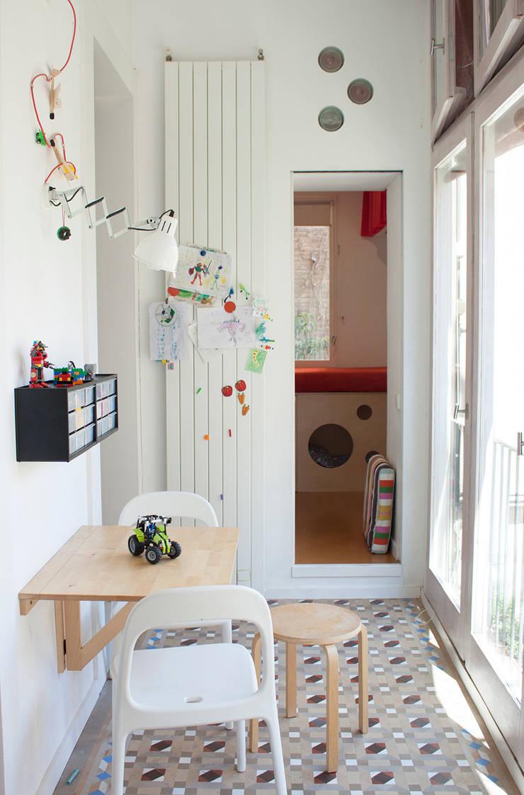galeria: Estudios y despachos de estilo  de PARRAMON + TAHULL arquitectes