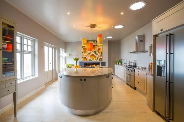 Bespoke Kitchen:   by David Glover Furniture Ltd