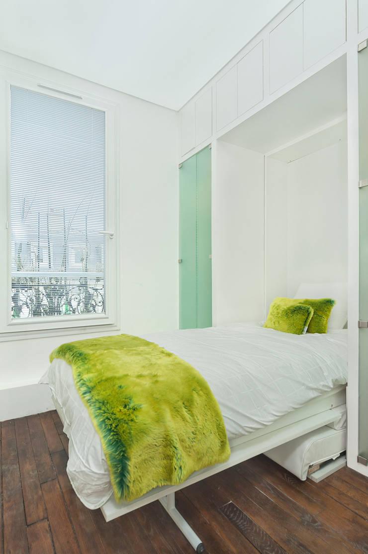 Mini Appartement de 6 m2: Maisons de style de style Moderne par DB design