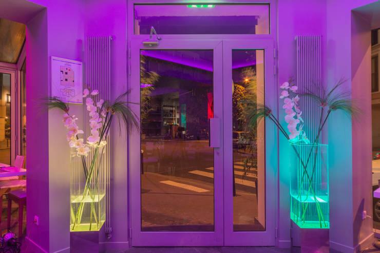 Restaurant Milano: Locaux commerciaux & Magasins de style  par DB design