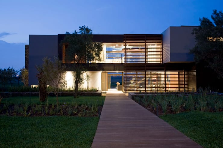 Houses by Nico Van Der Meulen Architects