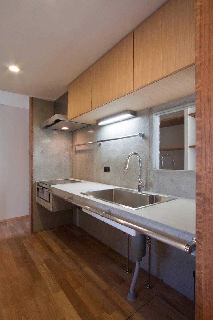 たつの市 長真の家: 株式会社 オオタデザインオフィスが手掛けたキッチンです。