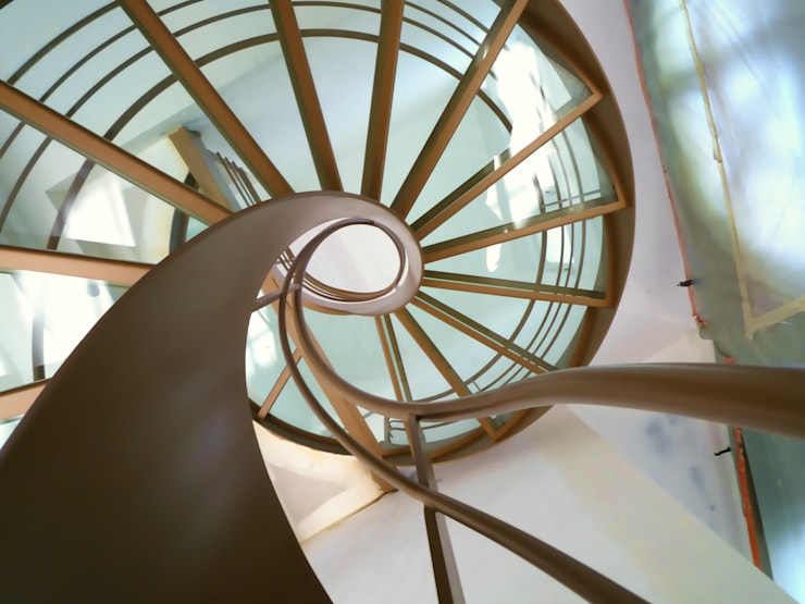Corridor, hallway & stairs  by La Stylique