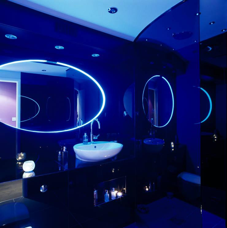 Luxury Penthouse London:  Bathroom by Quirke McNamara