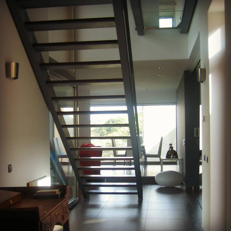 Casas de estilo  de UA30 Arquitectos S.L.P.