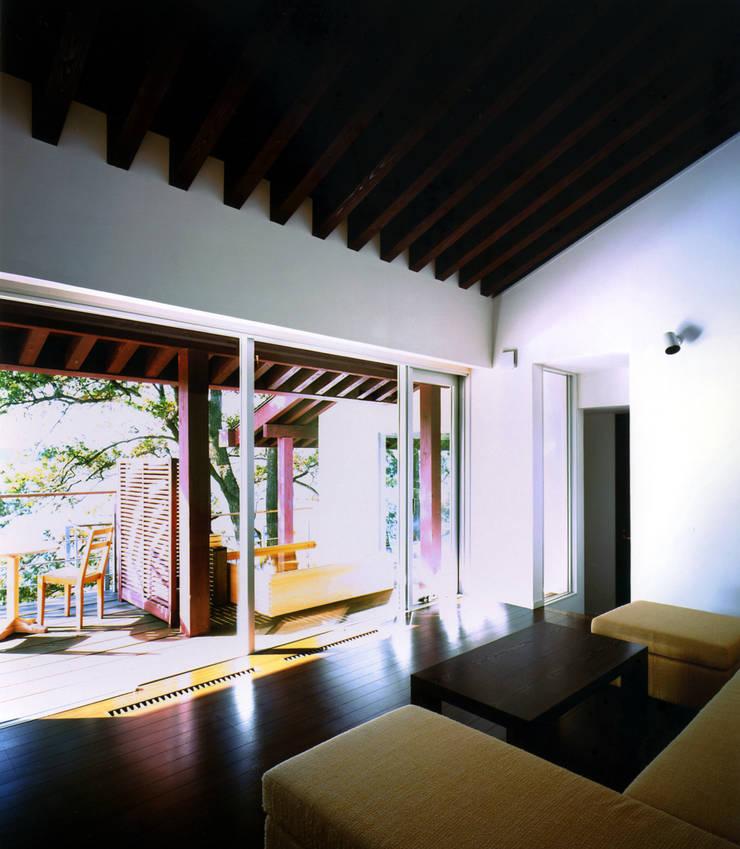ヴィラ風の音: an architectsが手掛けたホテルです。