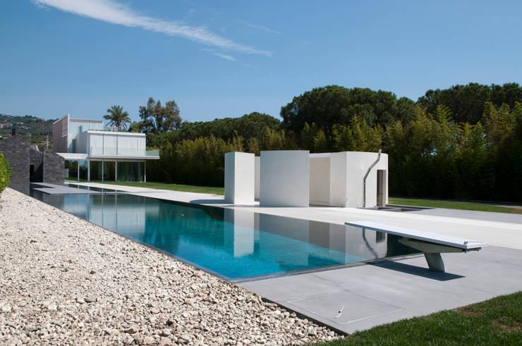 Villa A /Catania/Italy:  de style  par A-OMA