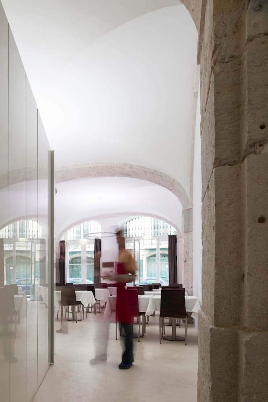 Restaurante Santa Rita (2011): Espaços de restauração  por pedro pacheco arquitectos