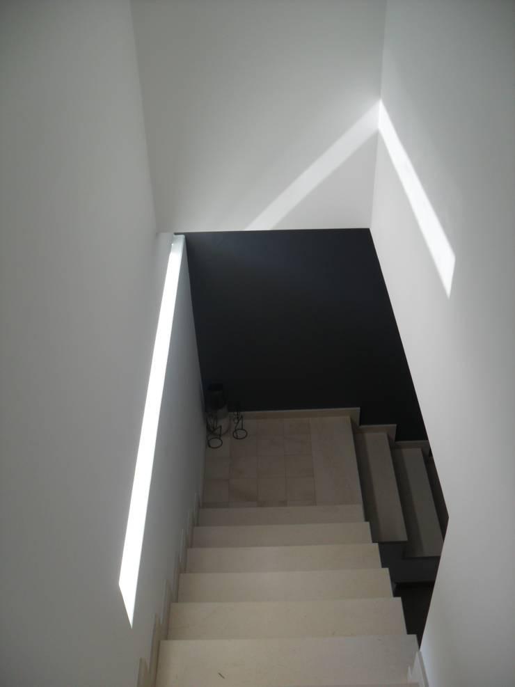 Maisons de style  par Nicolosi Architetto, Moderne